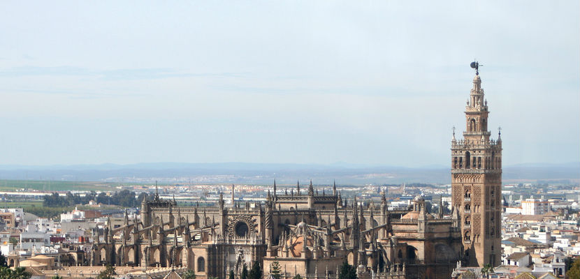 giralda and cathedral in seville