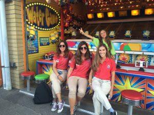 work and travel - parque de atracciones